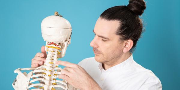 Szyja – ból karku, zawianie czy whiplash?